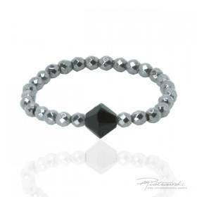 Elastyczny pierścionek z hematytu i kryształka Swarovskiego